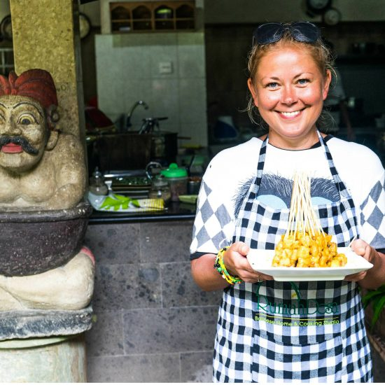 Indonesia Bali cooking class fantour 550x550 - Smaki Bali